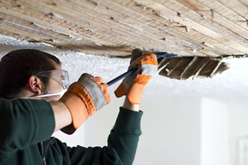 When it comes to commercial properties, aesthetics matter. Mobile Handyman brings you professional ceiling maintenance services in Switzerland. With our highly skilled team of ceiling experts, we make sure to provide you a premium ceiling repair in no time at an affordable price!