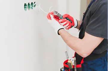 Are you looking for an electrical installation service in Switzerland? At Mobile Handyman, we ensure to take off your every electrical problem. We have electrical installation experts for ceiling fans, smoke detectors, exhaust fans, and data communication lines you can rely on!